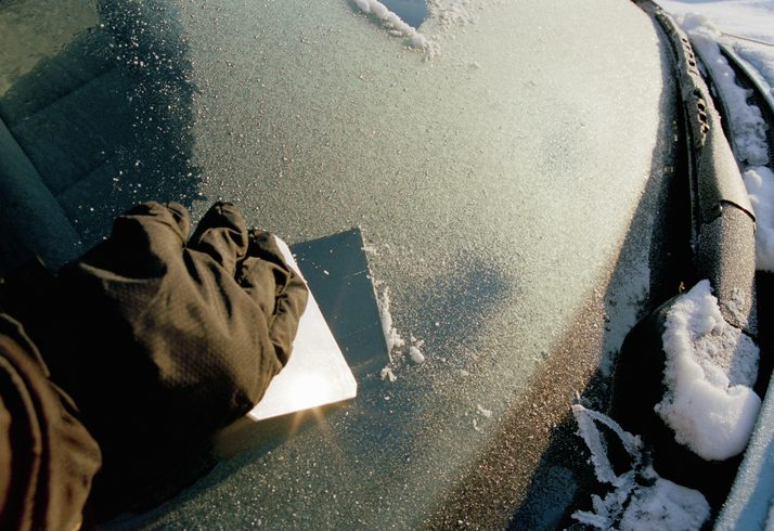 How to Remove Ice From Your Windshield